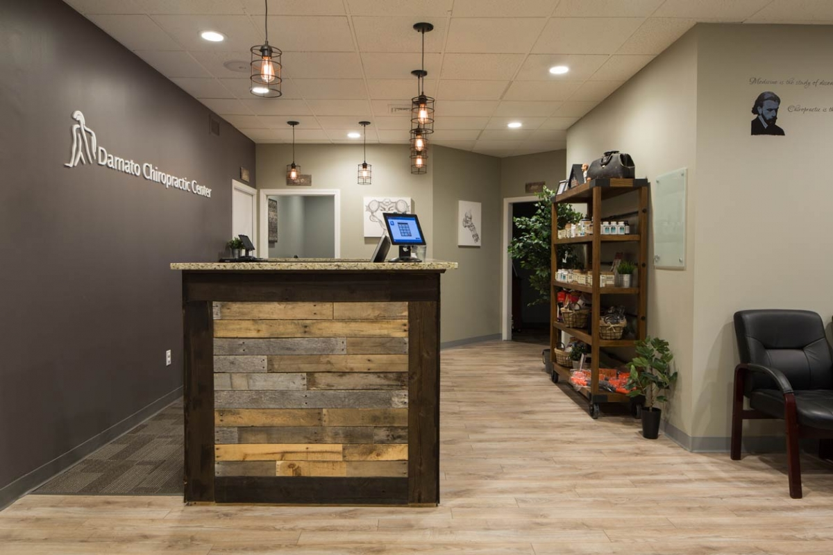 virtual-tour-01-damato-chiropractic-glastonbury-office
